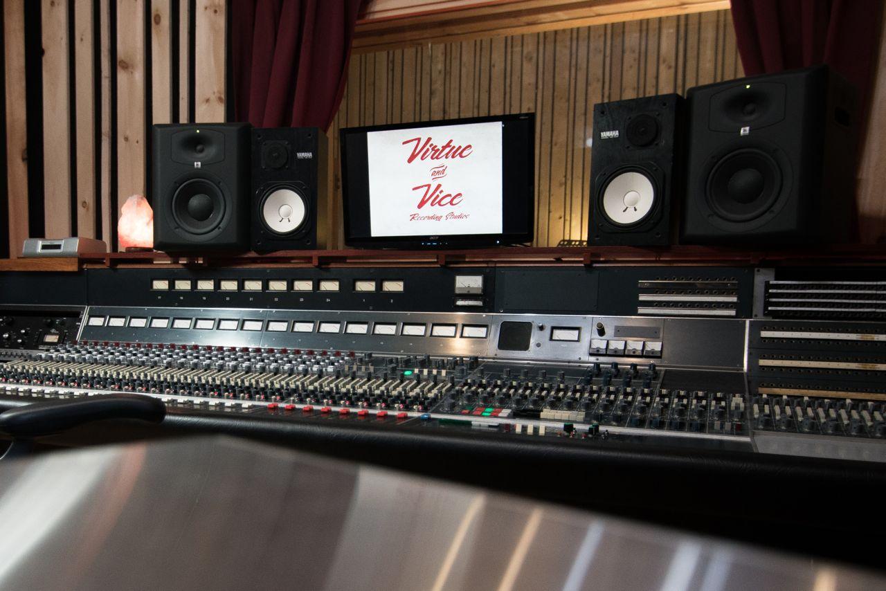 Virtue And Vice Studios Brookyln Ny